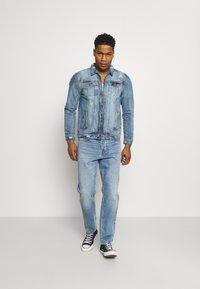 Brave Soul - Giacca di jeans - blue denim - 1