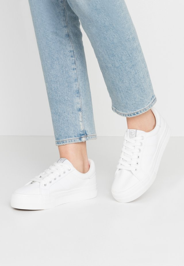WOMS LACE UP - Baskets basses - white