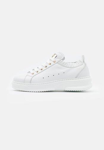 GEMMA - Sneakers basse - bianco