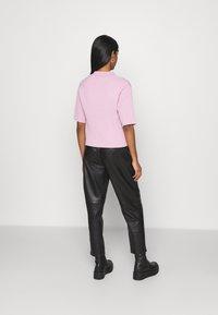 Monki - CAT - Button-down blouse - pink - 2