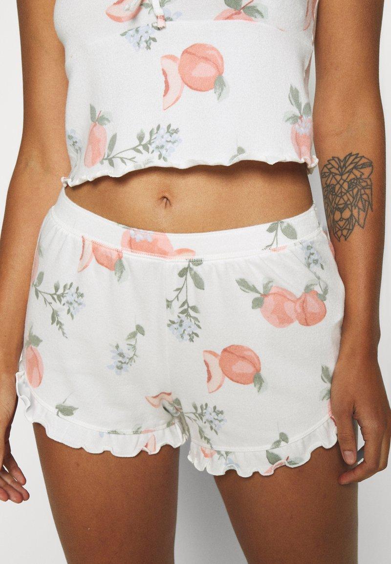 Gilly Hicks - PRINTED COZY SHORT - Pyjama bottoms - white