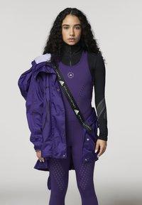 adidas by Stella McCartney - ADIDAS BY STELLA MCCARTNEY TRUEPACE RUN JACKET WIND.R - Training jacket - purple - 3