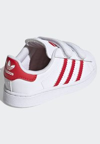 adidas Originals - SUPERSTAR SHOES - Sneakers laag - ftwr white/vivid red - 3