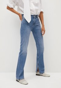 Mango - BONNY-I - Straight leg jeans - medium blue - 0