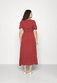 Vero Moda Curve - VMSAGA WRAP ANKLE DRESS - Maxi šaty - chili oil - 2