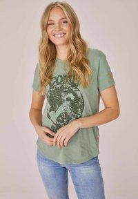 Lieblingsstück - Print T-shirt - grün - 0