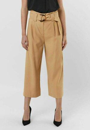 HIGH WAIST - Trousers - tan