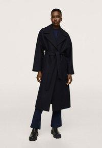 Mango - MANTEAU LAINE MAXI REVERS - Classic coat - bleu marine - 1