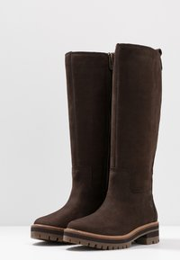 Timberland - COURMAYEUR VALLEY TALL - Stiefel - dark brown - 4