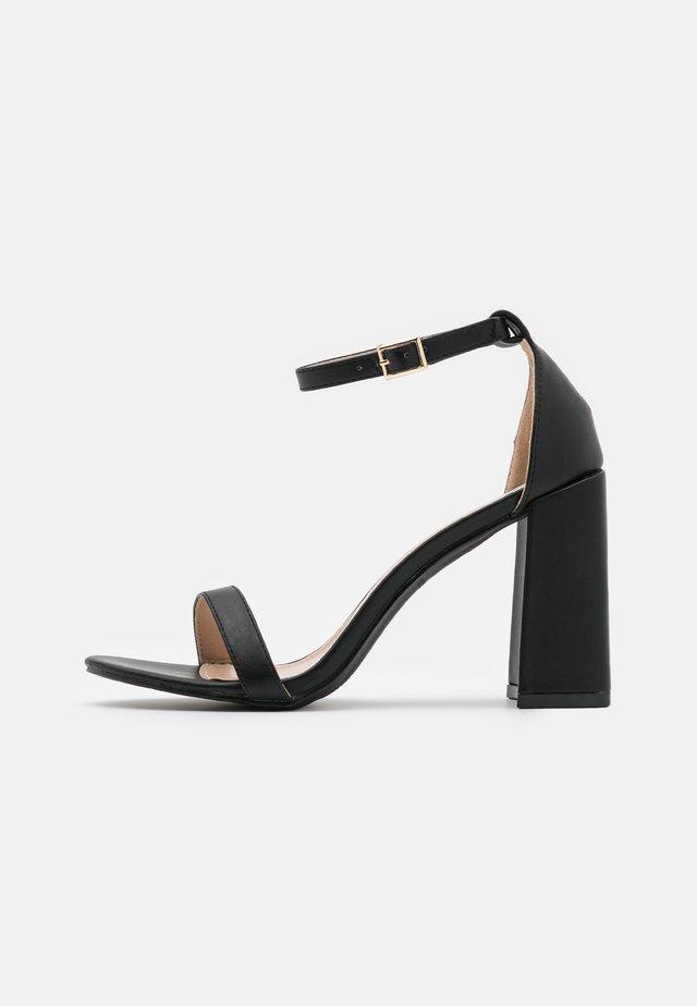 LORAINE - Sandały na obcasie - black