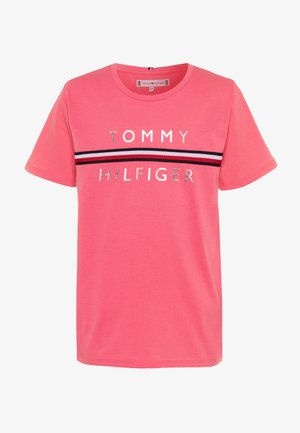 FLAG TAPE TEE - Print T-shirt - pink