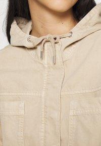 BDG Urban Outfitters - JARED UTILITY JACKET - Denim jacket - beige - 5