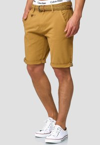 INDICODE JEANS - CASUAL FIT - Shorts - amber - 0
