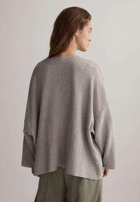 OYSHO - Cardigan - light grey - 2