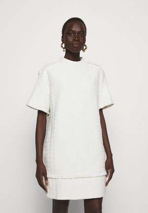 TEXTURED DRESS - Korte jurk - white