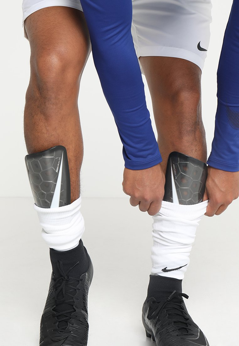 Nike Performance - MERCURIAL LITE - Shin pads - black/white