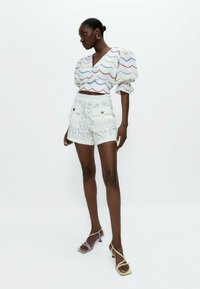 Uterqüe - Shorts - white - 1