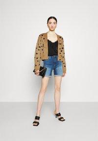 ONLY - ONLPAOLA LIFE - Denim shorts - medium blue denim - 1