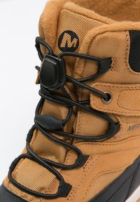 Merrell - SNOWBANK 2.0 WTPF - Winter boots - wheat/black - 5