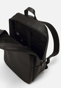 Guess - KING BACKPACK - Rucksack - black