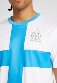 Puma - OLYMPIQUE MARSAILLE REPLICA WITH SPONSOR - Sports shirt - white/bleu azur - 6