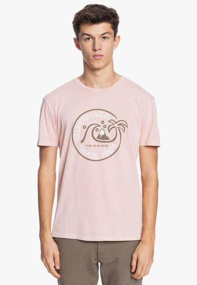 INTO THE WIDE - Print T-shirt - misty rose