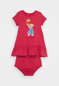 Polo Ralph Lauren - BEAR DRESS  - Robe en jersey - nantucket red - 0