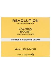 Revolution Skincare - CALMING BOOST CREAM WITH TURMERIC - Crema da giorno - - - 2