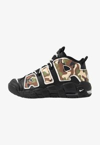 Nike Sportswear - AIR MORE UPTEMPO QS - Sneakers alte - black - 1