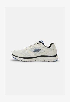 FLEX ADVANTAGE 4.0 - Sneaker low - white/black