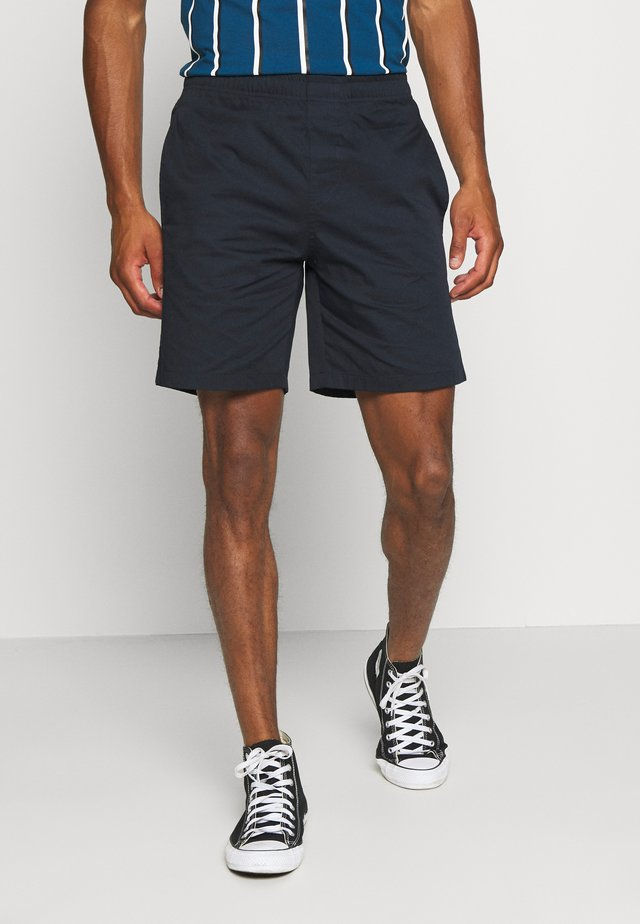 LIGHT PANTS - Shorts - sky captain