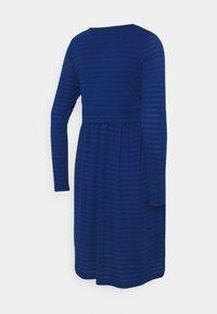MAMALICIOUS - NURSING DRESS - Žerzejové šaty - true blue - 1