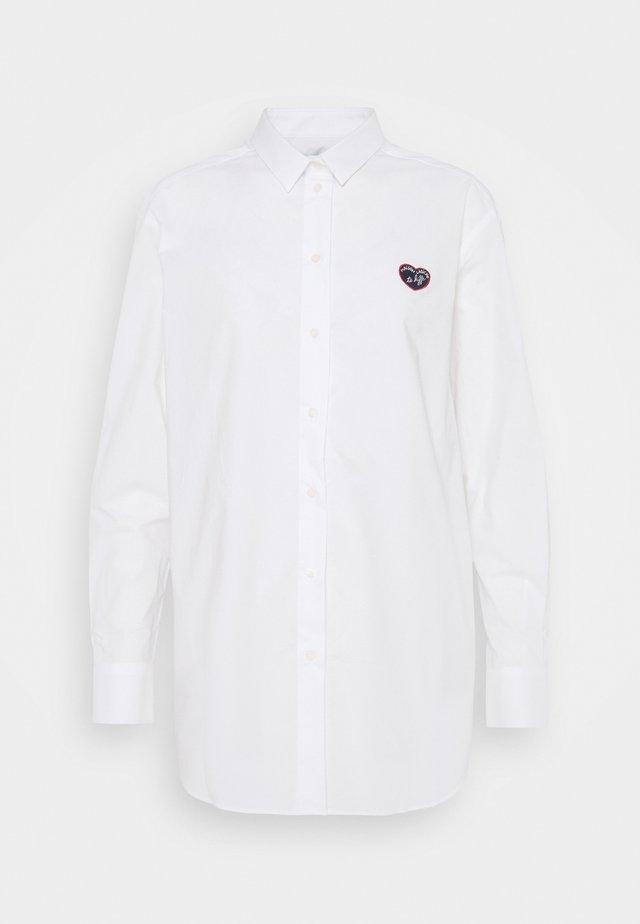 BOYFRIEND PATCH  - Overhemdblouse - white