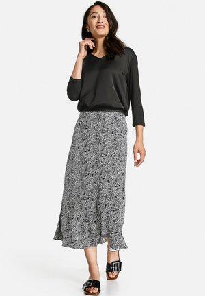 MIT PAISLEYMUSTER - Maxi skirt - schwarz/ecru/weiss druck