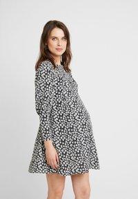 Topshop Maternity - GRUNGE TWIST - Korte jurk - mono - 0