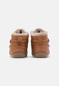 Froddo - PAIX WINTER SHOES WIDE FIT UNISEX - Baby shoes - cognac - 2