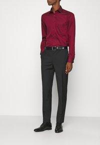 Calvin Klein Tailored - TROPICAL STRETCH SUIT - Suit - black - 3