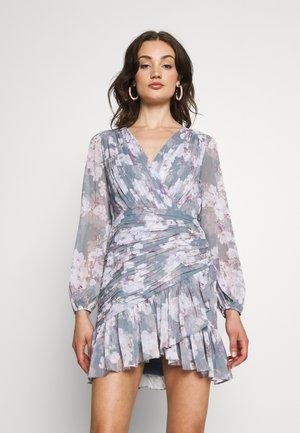 RUCHED WRAP FRILL DRESS - Kjole - aqua