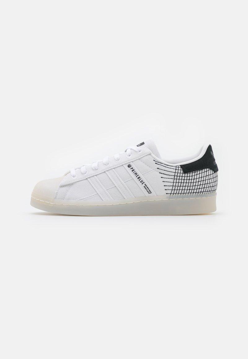 adidas Originals - SUPERSTAR PRIMEBLUE UNISEX - Tenisky - chalk/white/core black