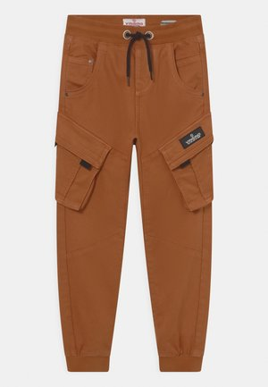 CARLOS - Kapsáče - rusty brown