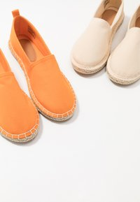 Even&Odd - 2 PACK  - Alpargatas - beige/orange - 7