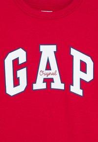 GAP - BOY LOGO CREW - Bluza - modern red - 2
