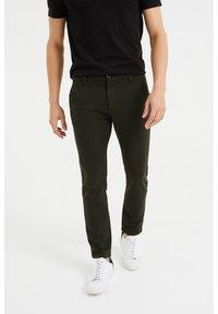 WE Fashion - Chinos - dark green - 0