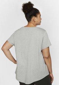 Nike Sportswear - FUTURA PLUS - Print T-shirt - dark grey heather/black - 2