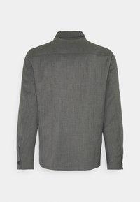 Filippa K - LOUIS GARBADINE - Lehká bunda - grey melange - 1