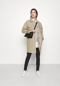 Vero Moda - VMBONUSRAY  - Classic coat - silver mink melange - 1