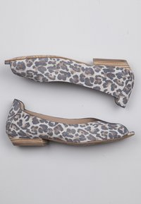 TJ Collection - Ballet pumps - beige - 2