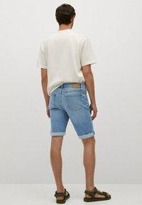 Mango - Denim shorts - azul medio - 2