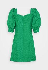 Glamorous Petite - BRODERIE MINI DRESSES WITH PUFF SLEEVES - Korte jurk - green - 1