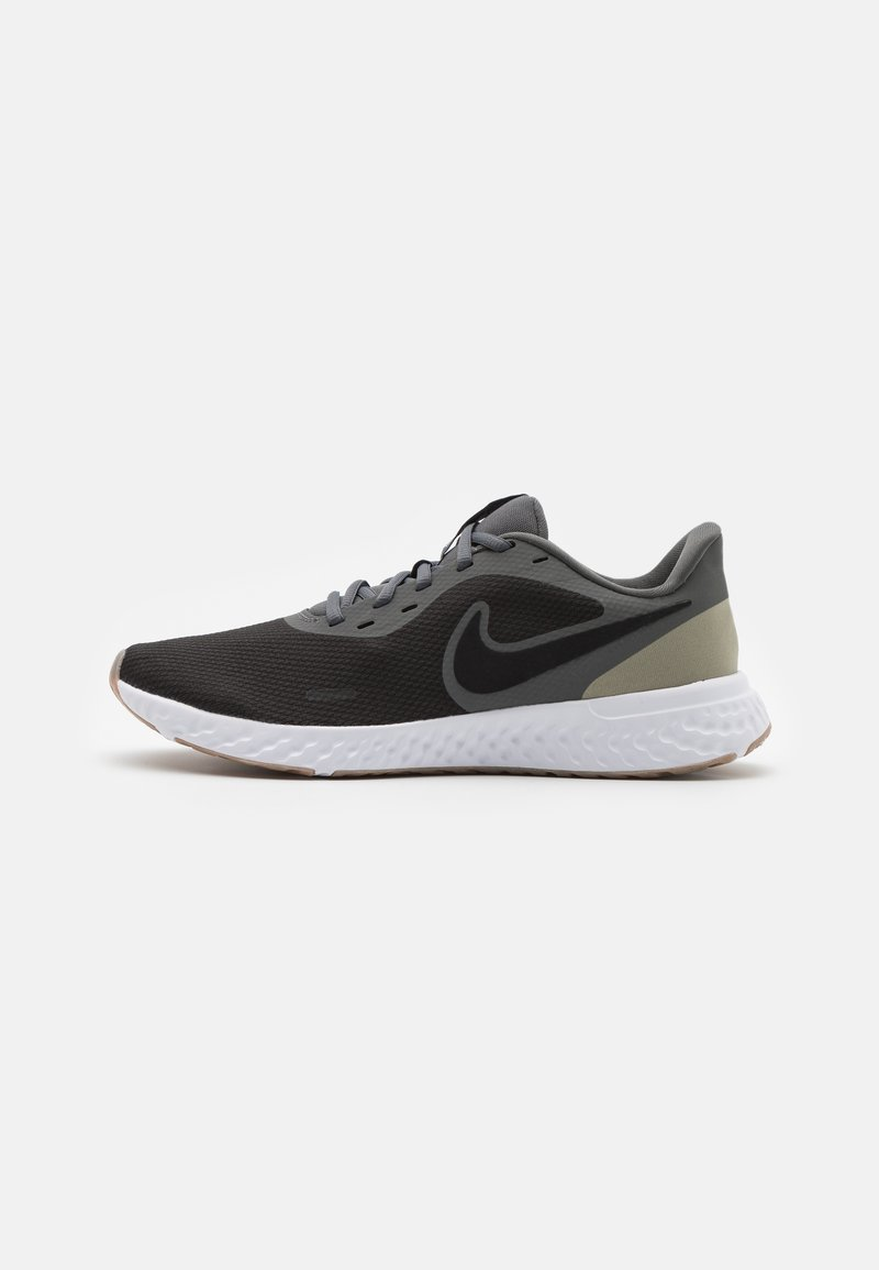 Nike Performance - REVOLUTION 5 - Zapatillas de running neutras - black/iron grey/light army